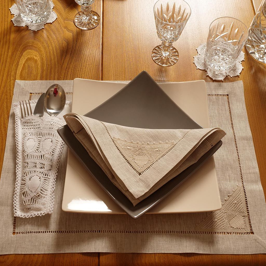Linen Napkins with Handmade Lace Detail